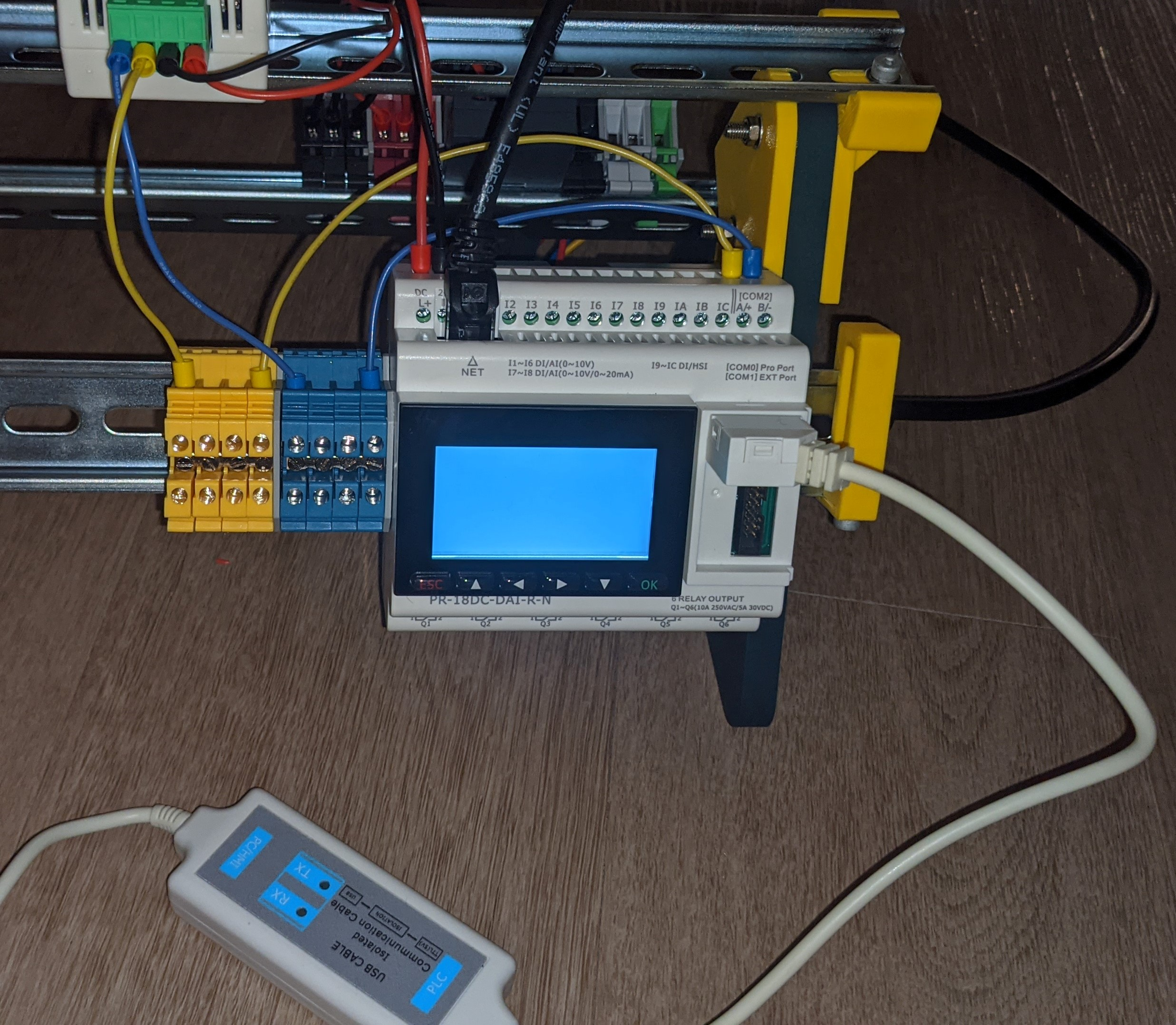 Picture showing the bricked PLC powered up.